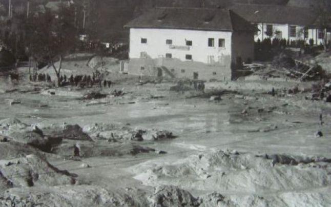 Certej 1971, tragedia uitată a 89 de vieţi îngropate sub 300 de mii de metri cubi de nămol