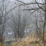 Ceata nu ne-a permis o fotografie mai detaliata a utilajelor cu care Deva Gold foreaza pentru aur